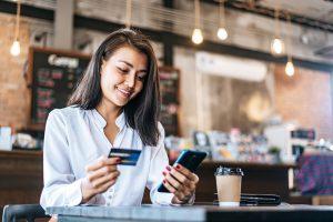 Saiba como vender pelo WhatsApp, conquistar mais clientes e aumentar os seus lucros. Conheça estratégias certeiras que vão te ajudar nesse processo.