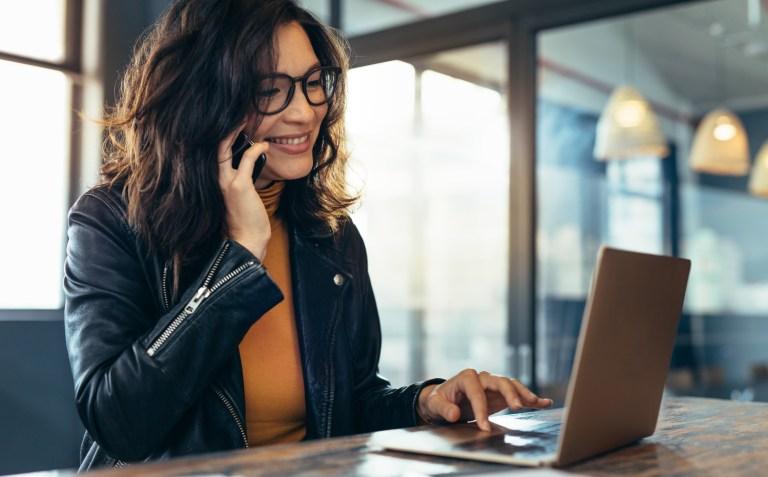 Discador automático de chamadas: conheça os tipos de discagens e ganhe produtividade na sua operação