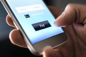 Cobrança digital: como automatizar a negociação de dívidas com canais digitais?