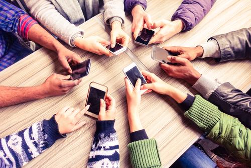 O uso do mobile domina as compras online no Brasil.